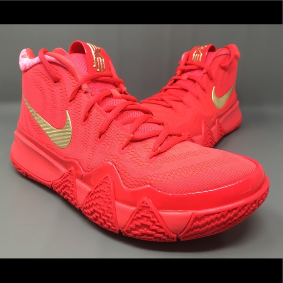 Nike Kyrie 4 Red Carpet Basketball Shoes Size 9 a9ec595a8